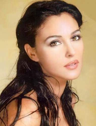 Monica Bellucci learns Serbian, plays the role of a Serb ... Italian Women Beauty