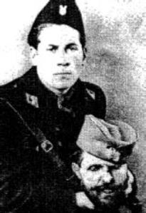 Vjekoslav Max Luburič sa odsečenom glavom