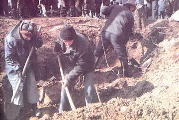 Ekshumacija Srba na Glođanskom Brdu